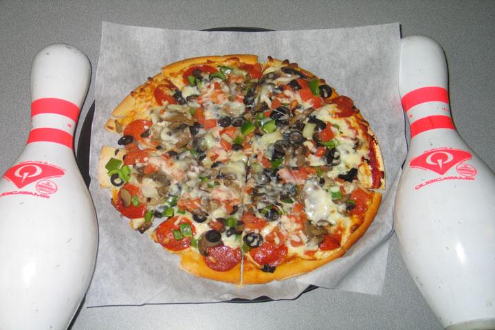 720x480_Pizza_BowlingPins.jpg